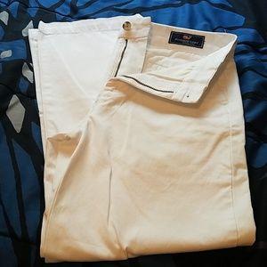 🔥🔥Vineyard Vines white long pants size 2🔥🔥